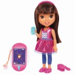 Dora & Friends Talking Dora & Smartphone