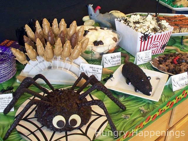 Halloween Party Food Ideas for Kids | Creepy Crawlers Party