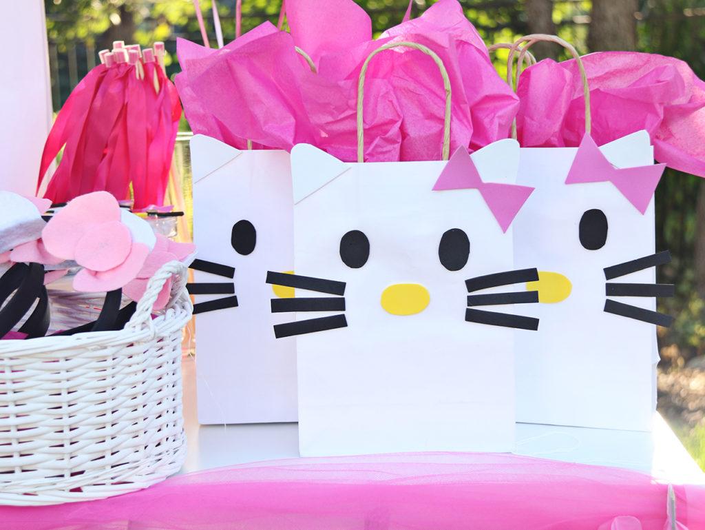 DIY Hello Kity favor bags