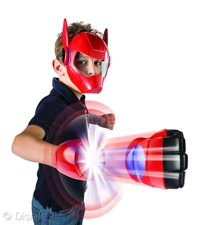 Big Hero 6 fist and mask combo
