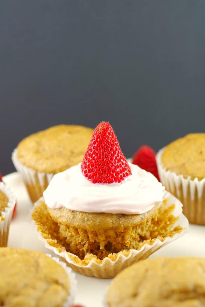 strawberry gingerbread cupcake muffin