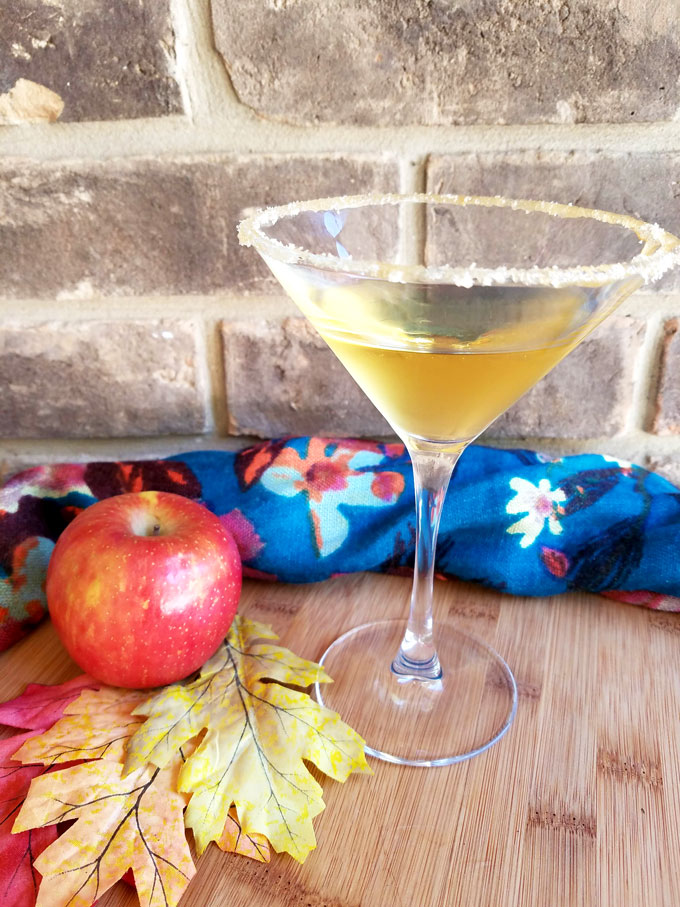 fall cocktail with apple cider