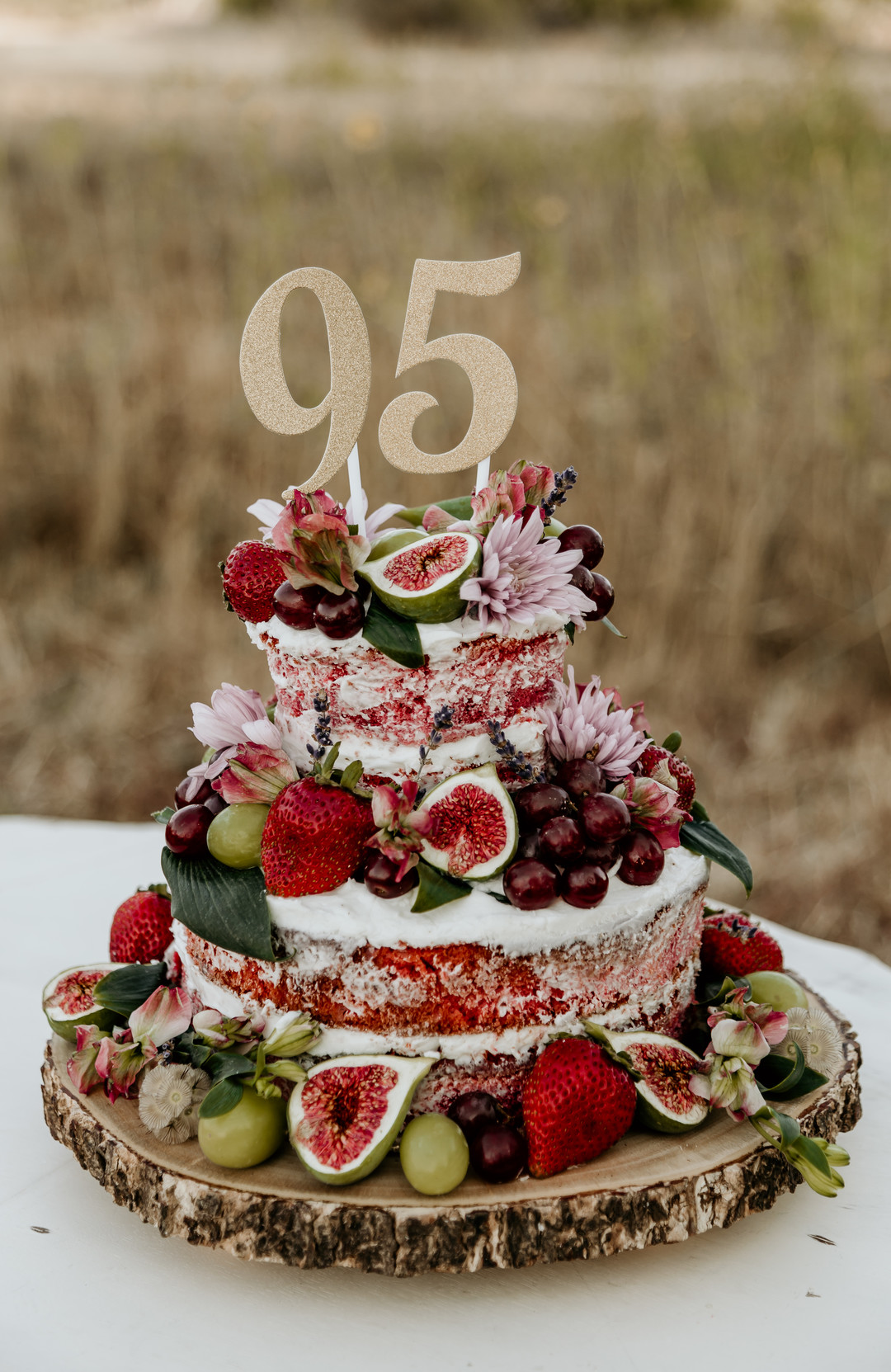 Looking For A Unique Birthday Cake Your Next Party Check Out This Awesome 95th