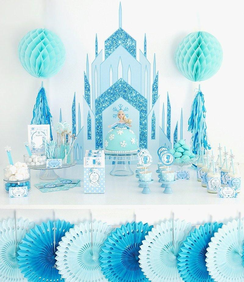 Winter is a great time to throw a birthday party or baby shower and we have the perfect theme and decorations for you! Here are 9 ideas for winter parties for kids and for adults! #winterparty #partytheme #winter
