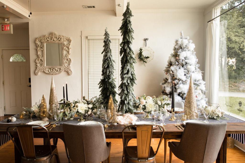 modern Christmas tablescape