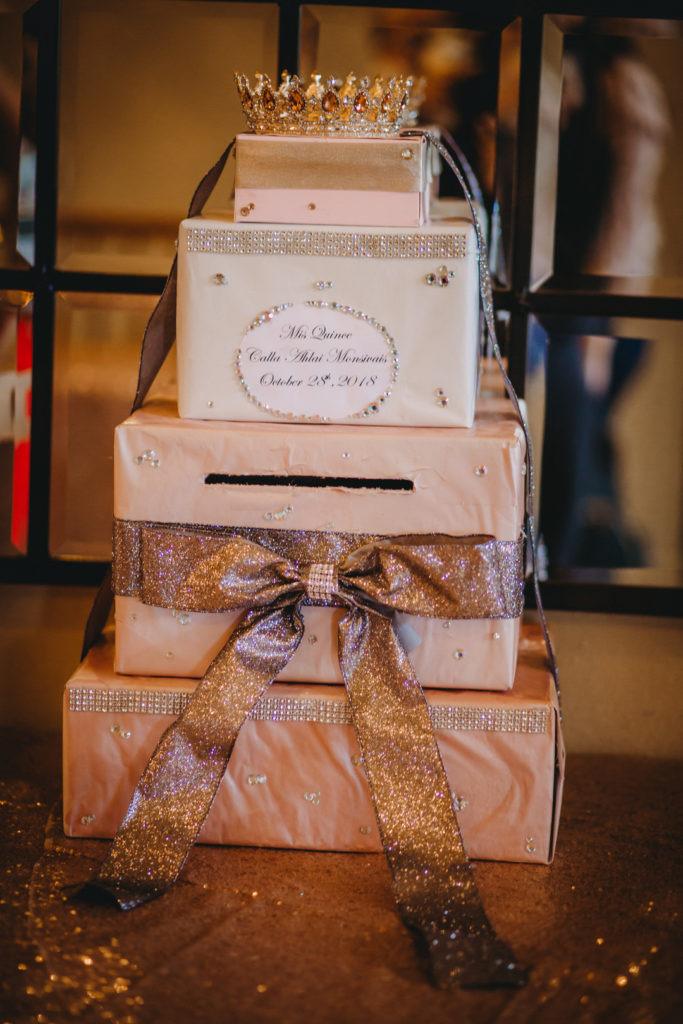 Quinceanera gift card box