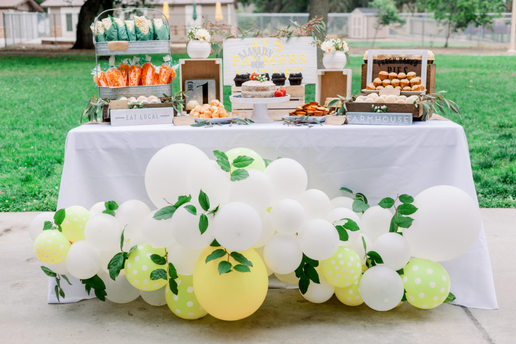 Farmhouse Lemonade Stand First Birthday Party | Parties365
