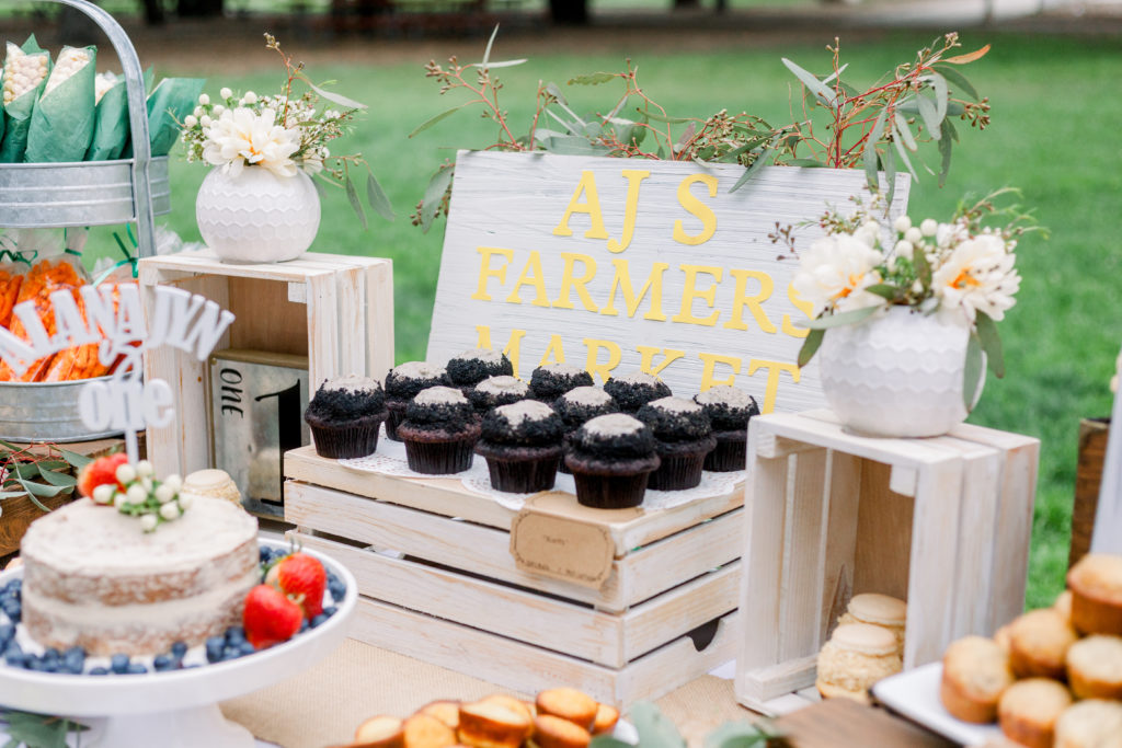 If your little girl is about to have her first birthday, you'll love the pictures of this Farmhouse Lemonade Stand 1st Birthday Party! The fun decorations, cake, food, banners and dessert table is country chic, perfect for kids and full of great ideas! Check it out! #firstbirthday #farmhouse #lemonadestand #partyideas