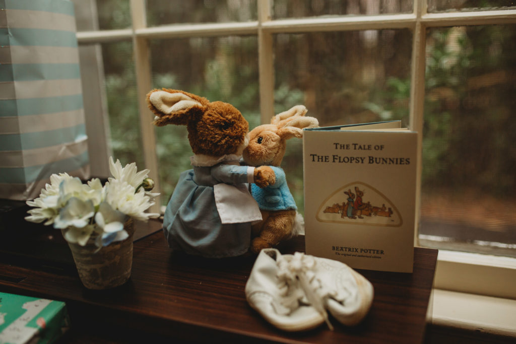 Peter Rabbit is a fantastic theme for a baby shower whether you're expecting a boy or a girl! Check out this dreamy party for decoration ideas, inspiration for food and cakes and gift ideas for this classic storybook tale! #babyshower #peterrabbit #partyideas