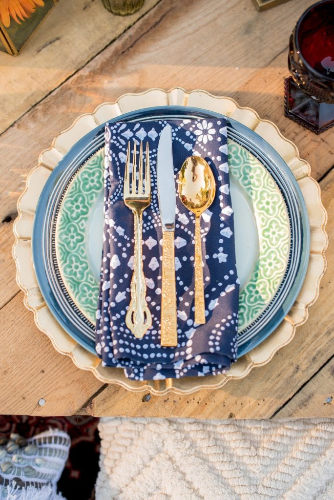 gold and blue moroccan table setting