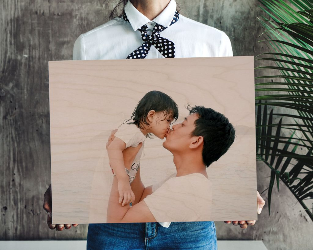 picture of dad and daughter printed on a wooden canvas