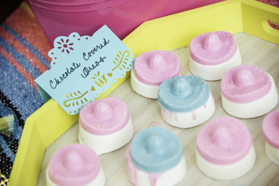 bridal shower fiesta chocolate covered oreos