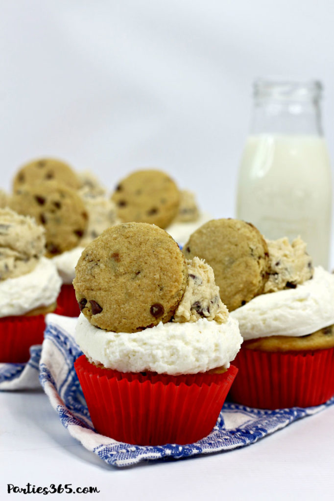 Need creative cupcake ideas for your next birthday party? You'll adore this delicious Milk and Cookies Cupcake Recipe! A vanilla chocolate chip cupcake with cookie dough decoration, this dessert is sure to be a hit with your guests! #cupcakes #cookiedough #chocolatechip #recipes #birthdayideas