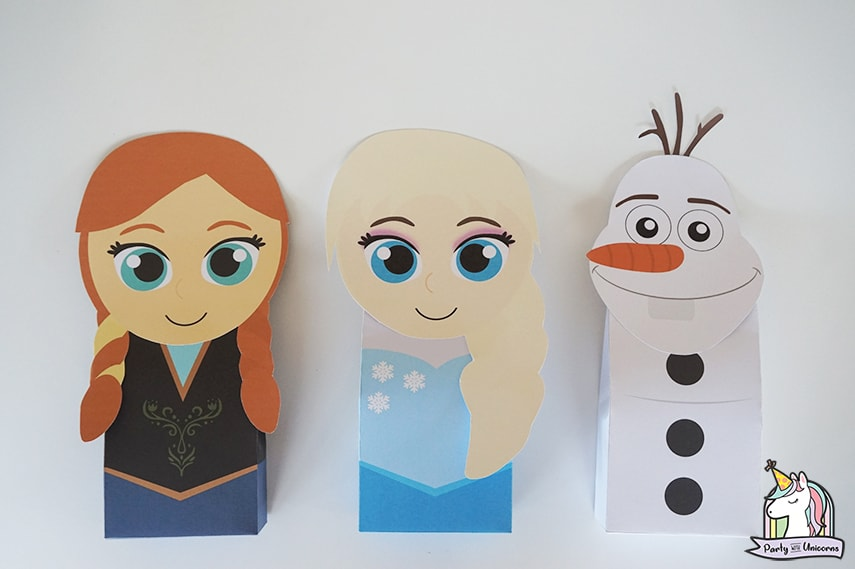 DIY Frozen Birthday Party favor bags