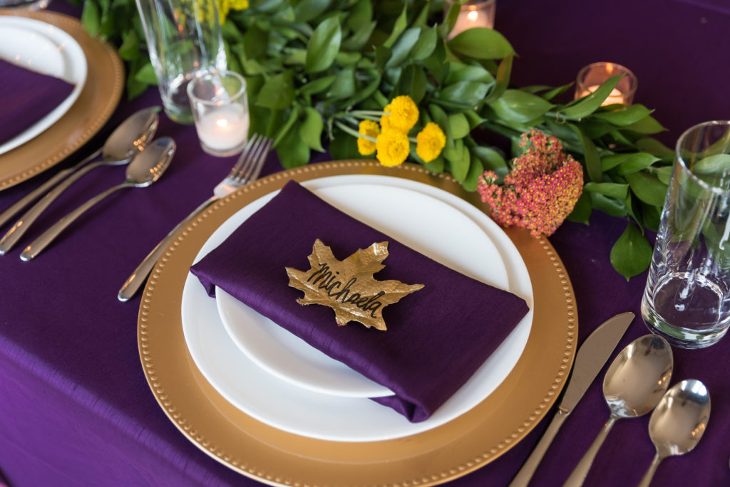 thanksgiving place setting ideas in gold and purple