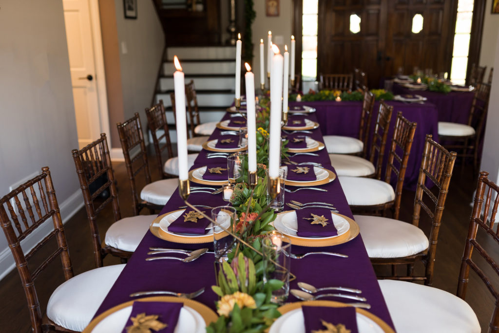 thanksgiving place setting ideas in purple and gold