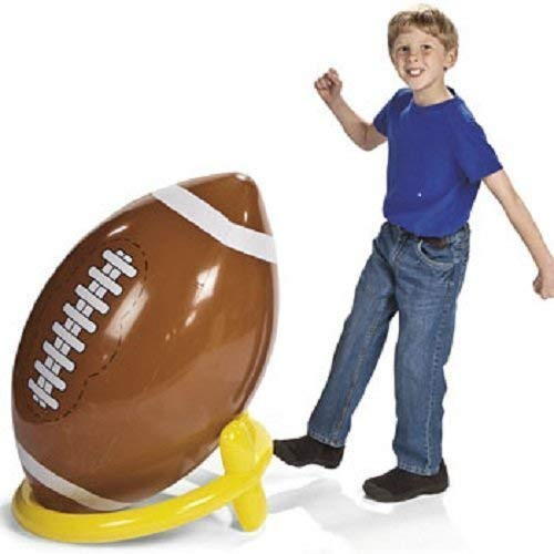Planning an epic Super Bowl Party and need ideas for decorations? We have you covered with these amazing football themed party supplies that will work no matter which team you're cheering for! Set an amazing Super Bowl table, hang festive banners and play these fun games to bring your party to life! #superbowl #superbowlparty #partysupplies #partydecorations #football