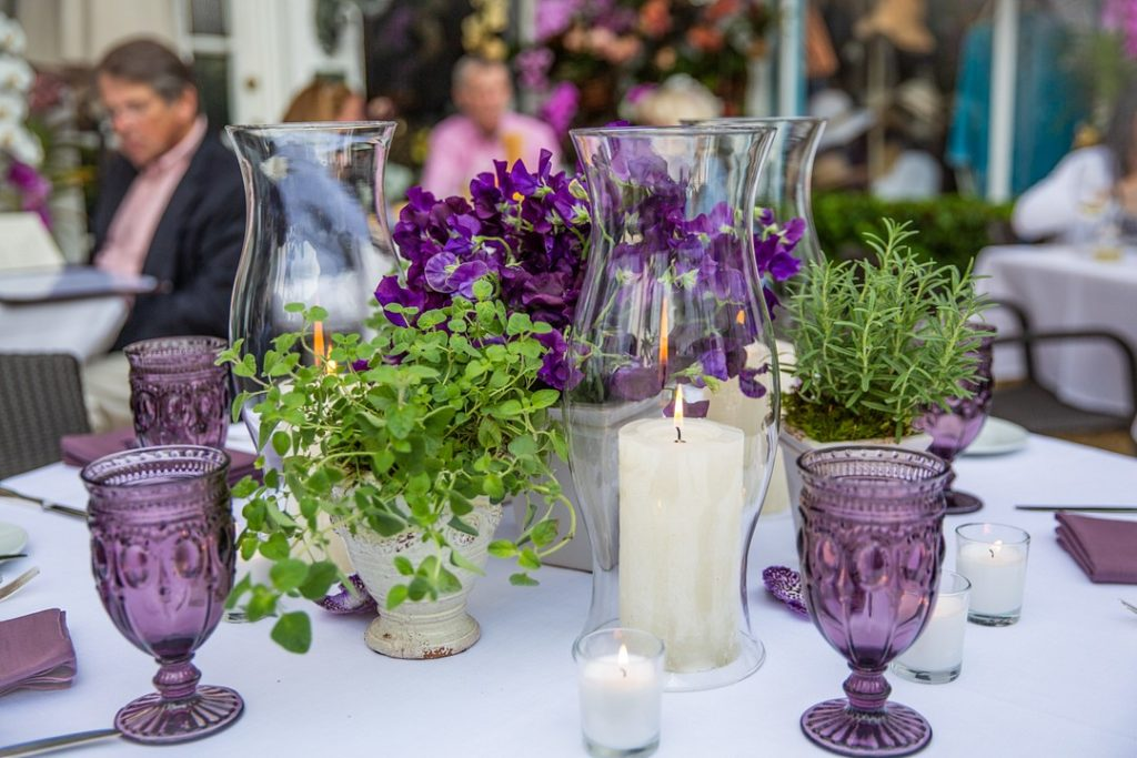 ideas for spring party floral centerpieces