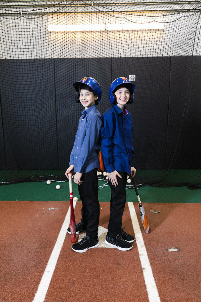 twin boys at batting practice at Citi Field