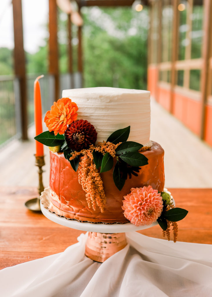 custom summer cake decorated with florals