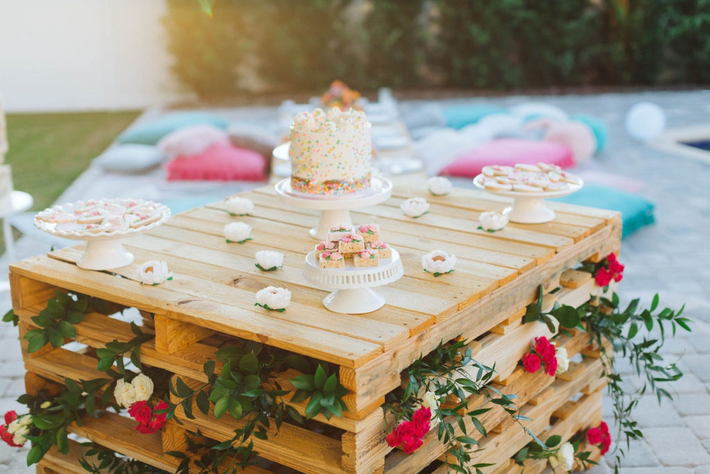 bohemian dessert table made out of wooden pallets