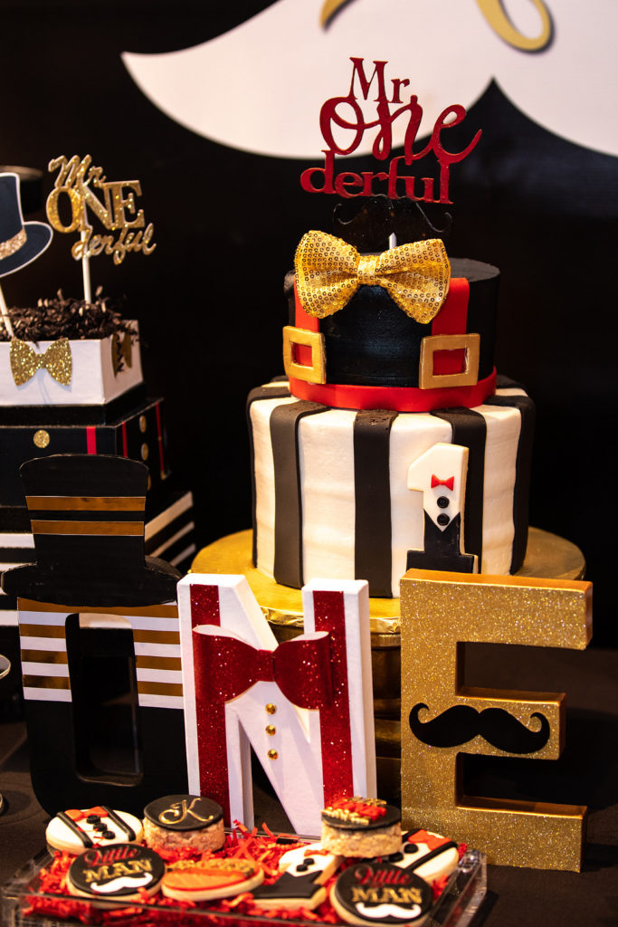 Mr. ONEderful cake and decor