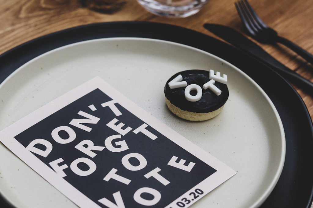 don't forget to vote place setting and donut