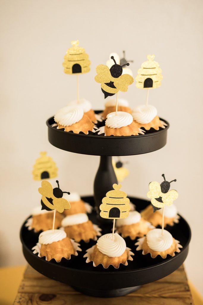 bee themed bundt cakes