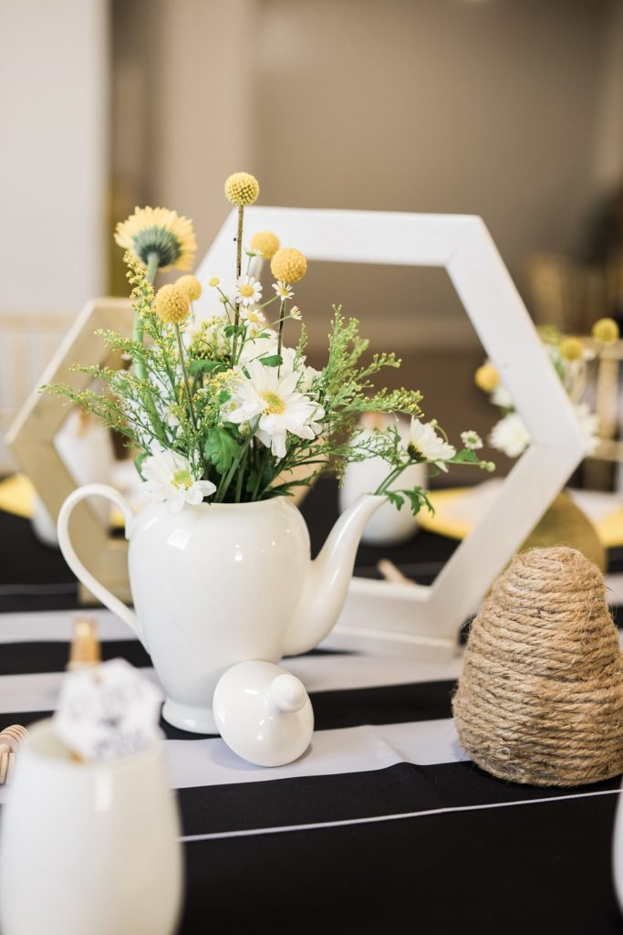 mommy to bee baby shower centerpieces