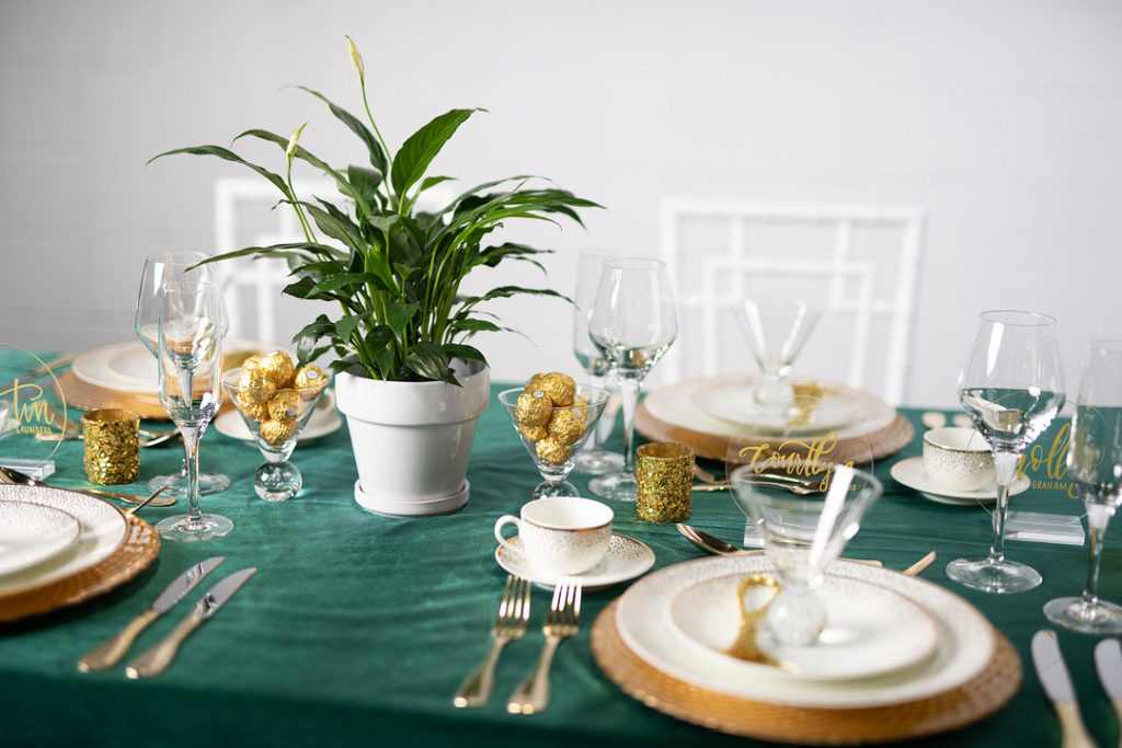 New Year's Party table decor ideas