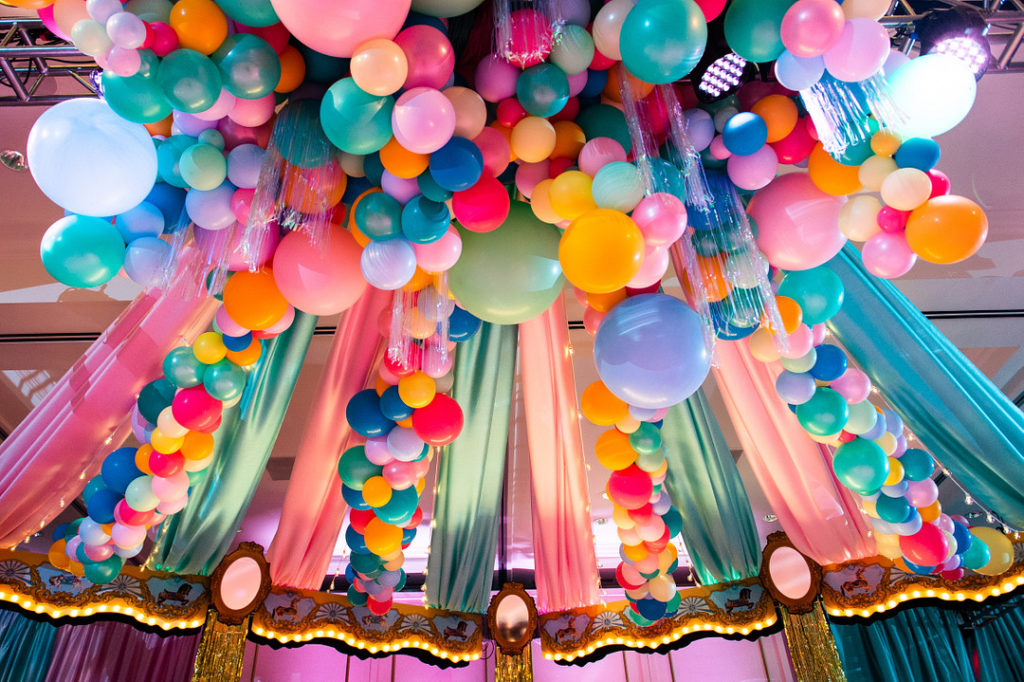 balloon installation at Paris themed birthday party