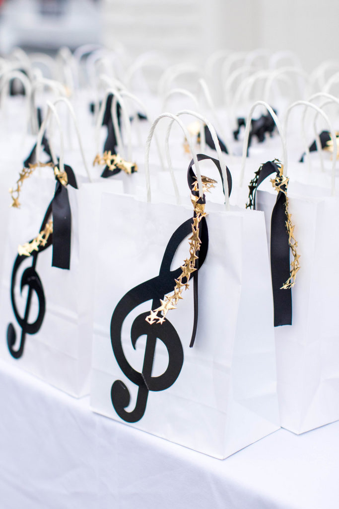 favor bags with black musical notes
