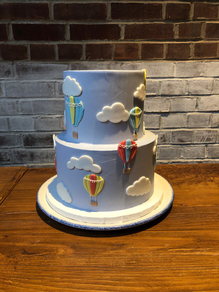 hot air balloon cake for baby shower