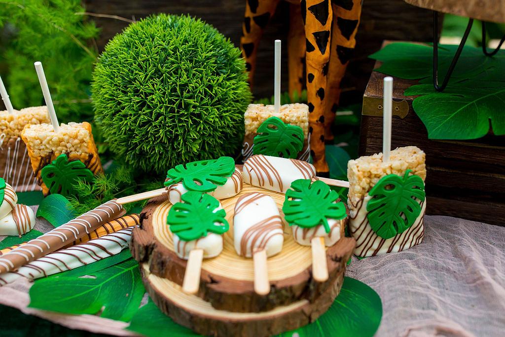 safari birthday party desserts